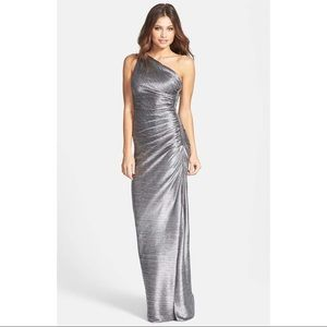 NWT Laundry Embellished Metallic One Shoulder Gown